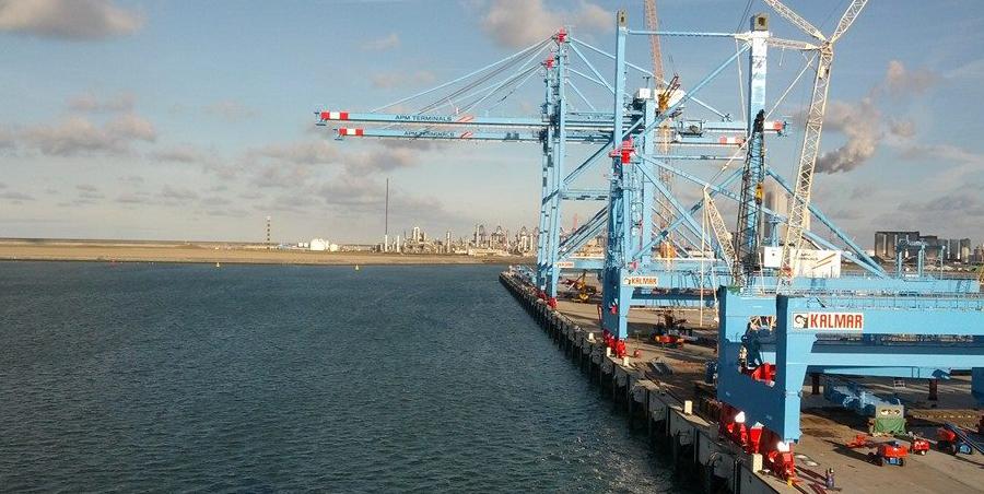 Terminal at Port of Rotterdam. www.teqplay.com